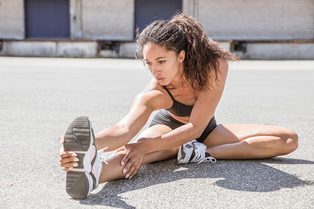 Fitness-Dehnen-Sportfotografie-Branding