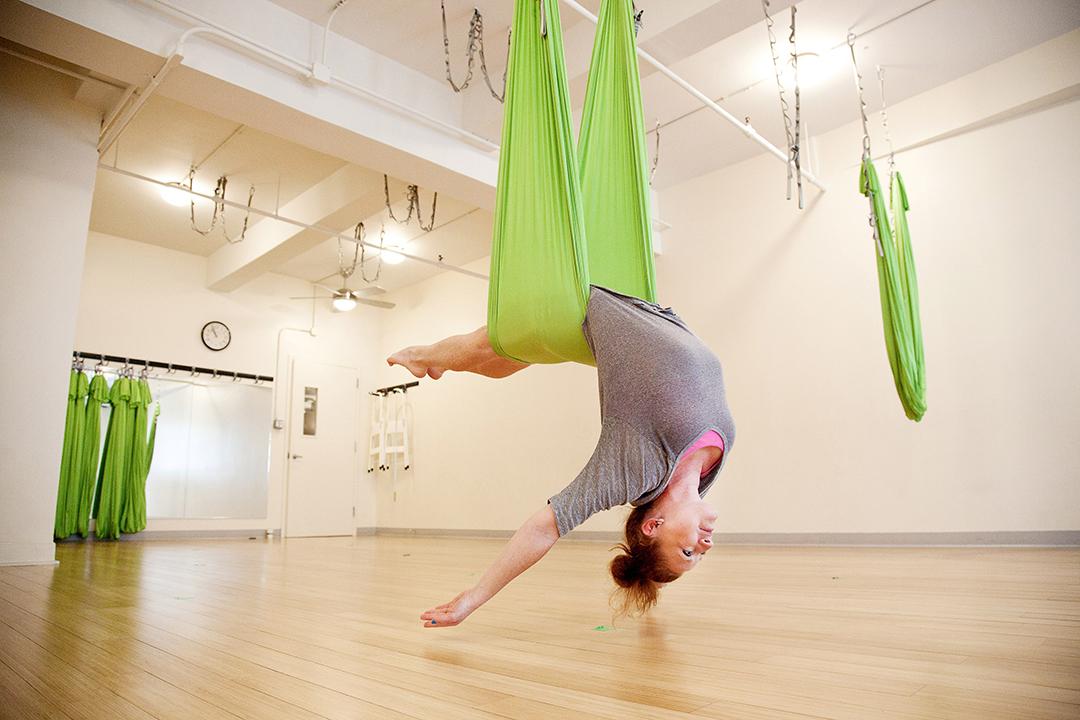 Yoga-Acroyoga-Personal-Branding